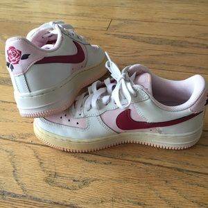 923cfbe6dfe0c Nike Air Force 1 GS Low Valentine's Day Ltd. Ed.